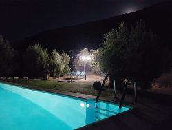 piscina-de-noche